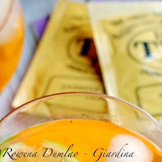 Iced Sencha Tea With Peaches & Lime