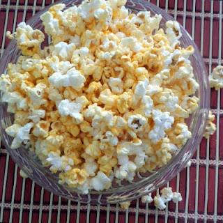Easy Cheesy Popcorn