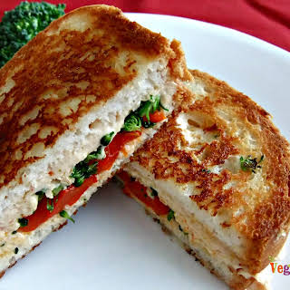 Grilled Red Pepper and Broccoli Sandwich – #glutenfree #vegan #singleserve.