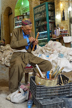 Photo: Making a flute in the center of Erbil, 2013