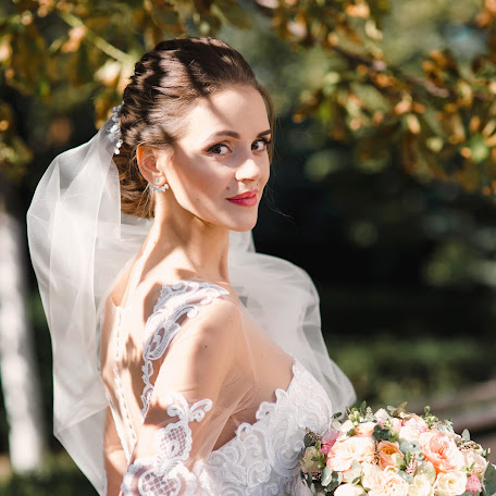 Wedding photographer Aleksandr Plugarev (Irbiscreative). Photo of 09.03.2018