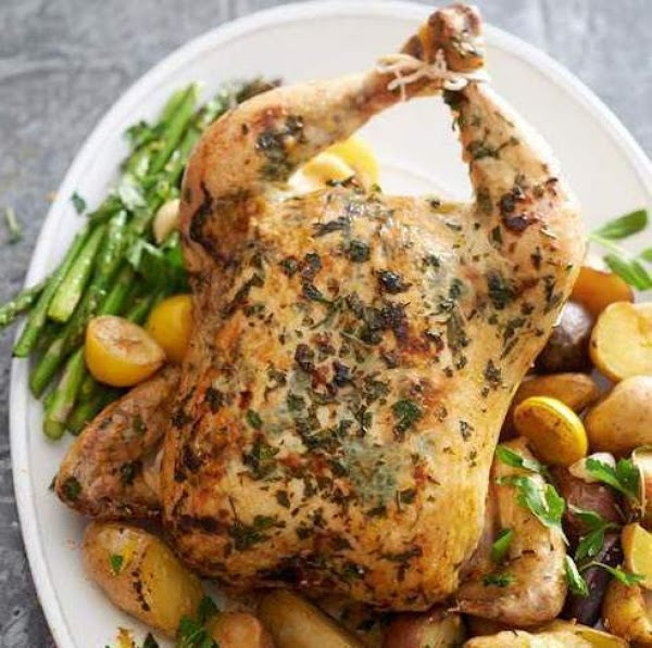 Tasty Herbed Chicken And Vegetables Recipe