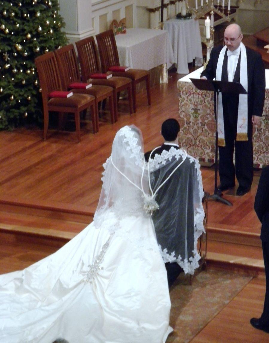 Filipino Wedding Traditions.Veil Sponsor Filipino Wedding