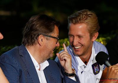 🎥 Schitterend: Vlap neemt niet alleen afscheid bij Heerenveen, hij leidt ook nog de spionkop