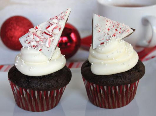 Hot Chocolate Cupcakes With Peppermint Buttercream Recipe