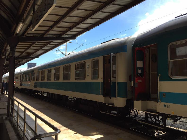 ザグレブ中央駅 電車