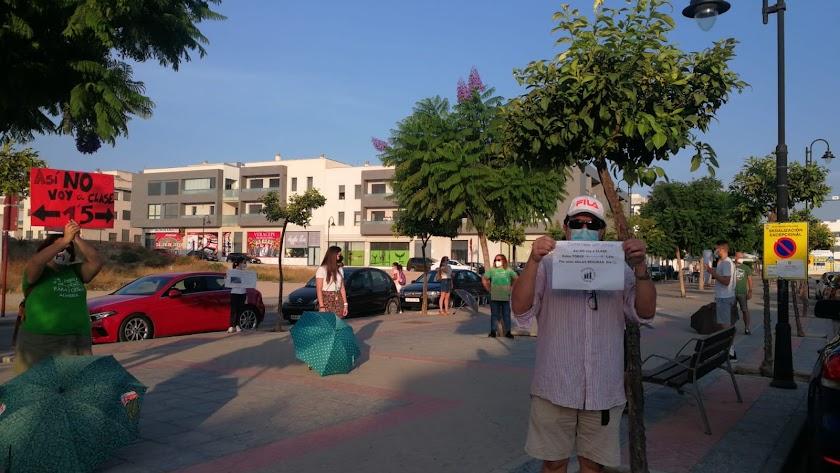 Huelga de la comunidad escolar de Los Cuatro Caños de Vera