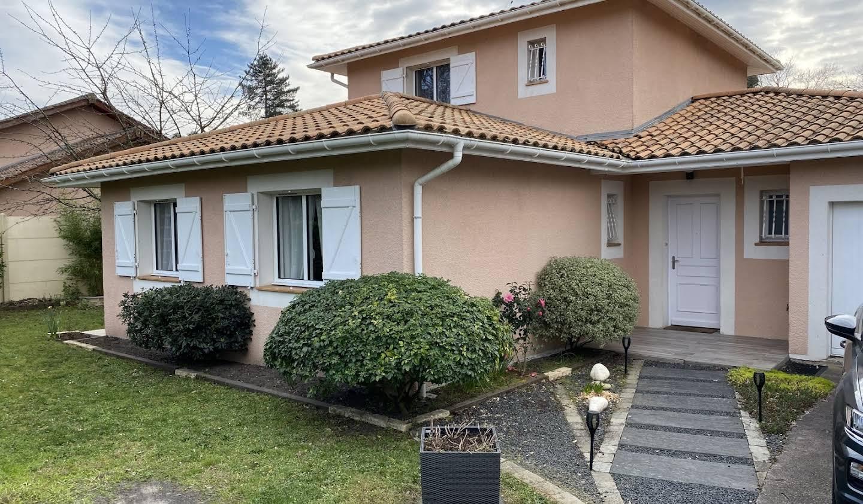 Maison avec terrasse Pessac