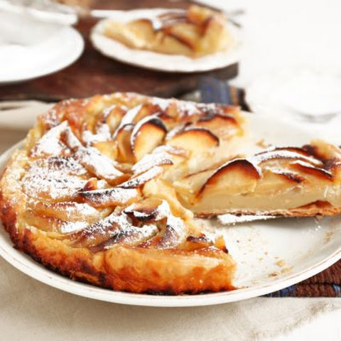 Good Housekeeping Cheese And Apple Cake