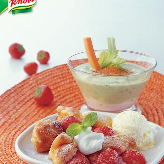 Erdbeerkaiserschmarrn mit Vanilleeis