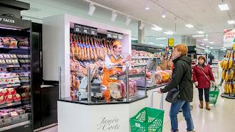 Mercadona cuenta con la mayor red de supermercados en la provincia de Almería.