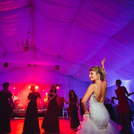 Wedding photographer Adina Iaru (jadoris). Photo of 28.10.2017