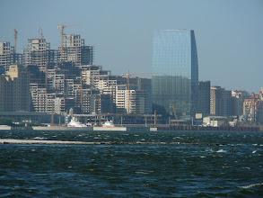 Photo: Baku egyik élülő negyede, Baku a kaukázusi Dubai