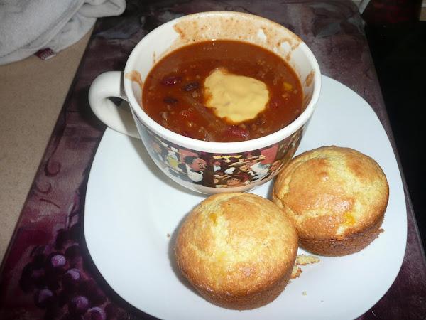 Kimi's New Taco Soup With Cheesy Corn Muffins Recipe