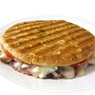 Skinny Grilled Cheese and Scrambled Egg Whites Breakfast Sandwich