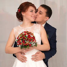 Wedding photographer Irina Kolesnikova (KolesnikovaI). Photo of 02.12.2015