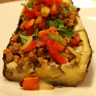 Stuffed eggplant that makes your Middle Eastern dreams come true.