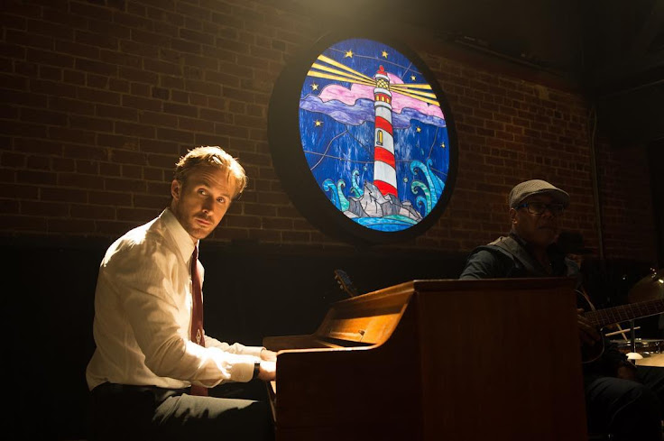 "Ryan Gosling playing at The Blind Donkey in ""La La Land."""