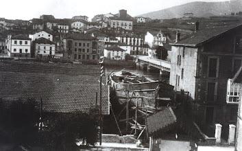 Photo: Ontziola eta herria