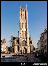 Photo: La Catedral de San Bavón en Gante.