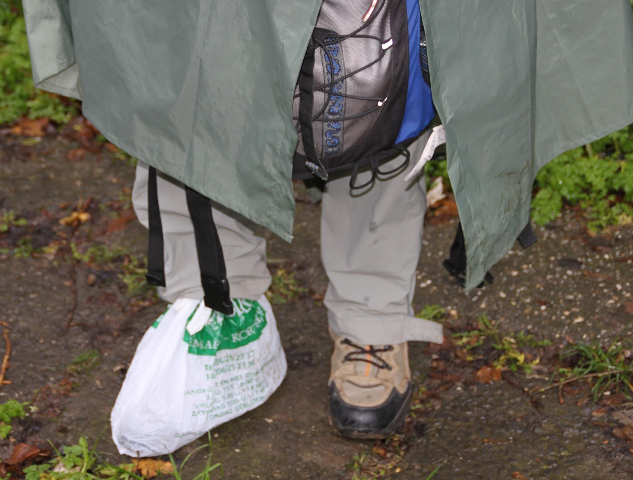 Photo: Een gesponsorde wandelaar