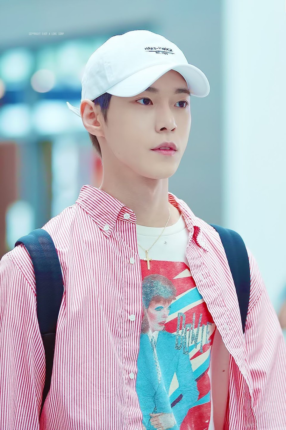 doyoung rainbow 28