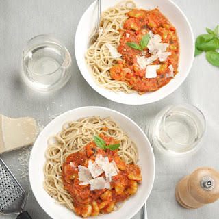 Prawns in Fiery Tomato Sauce with Spaghetti