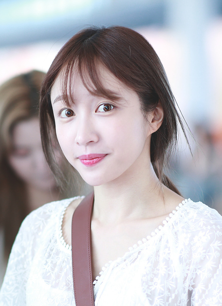 Hani_at_Incheon_Airport_on_August_7,_2018