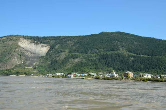 Photo: Dawson City voraus
