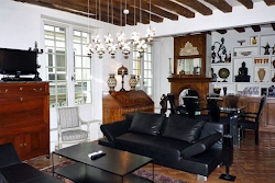 Montmorency Serviced Apartment, Marais