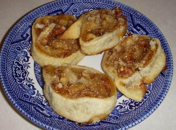 Flaky Apricot-pecan Pinwheel Cookies
