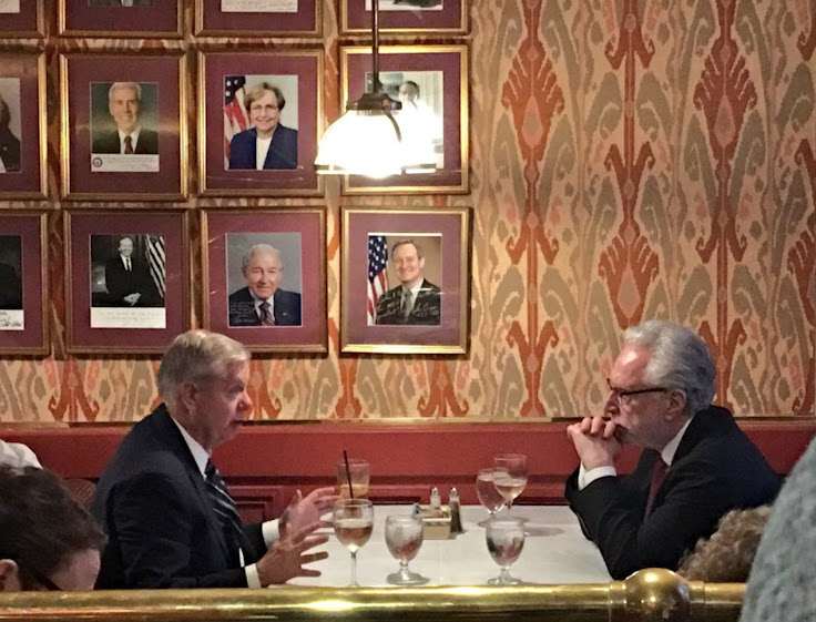 Senator Lindsey Graham and CNN correspondent Wolf Blitzer have a one-on-one at The Monocle. Photo: Marta Bascunan.