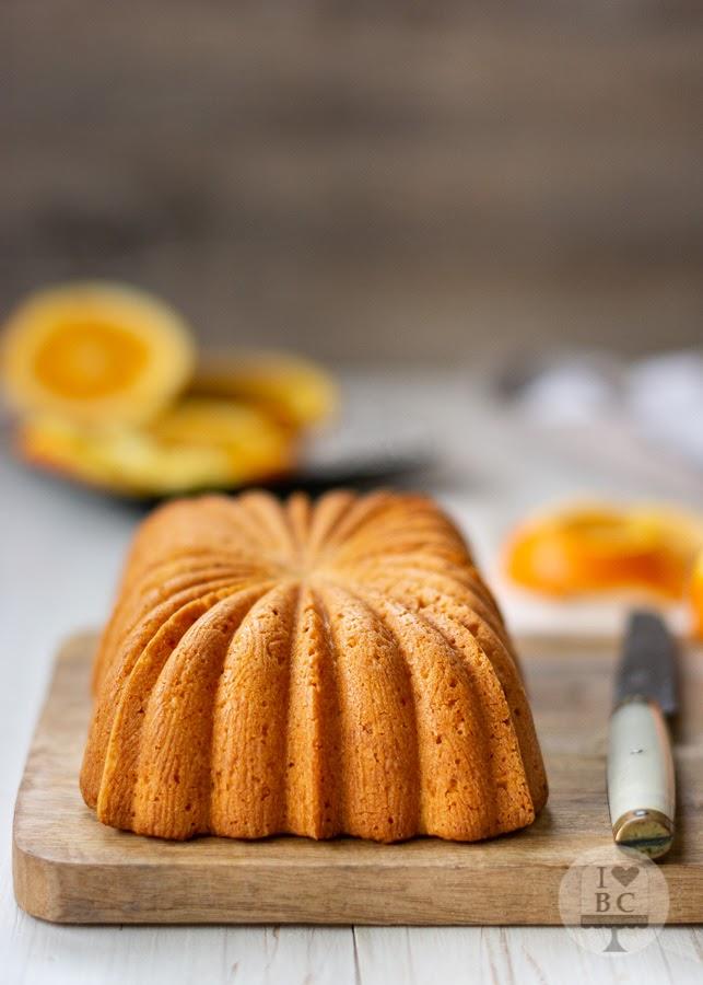 Loaf Cake de almendra, yogur y naranja