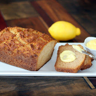 Poundcake with Lemon Curd