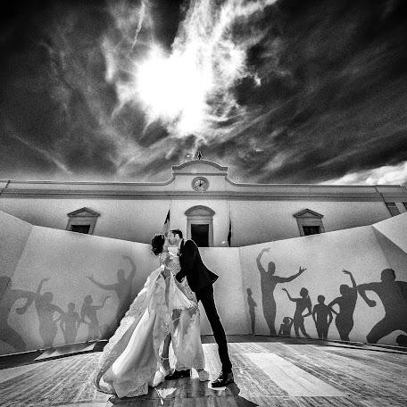 Wedding photographer Ciro Magnesa (magnesa). Photo of 14.02.2018
