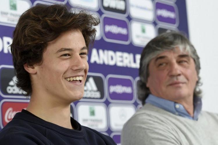 Mile Svilar présent en conférence de presse à Anderlecht