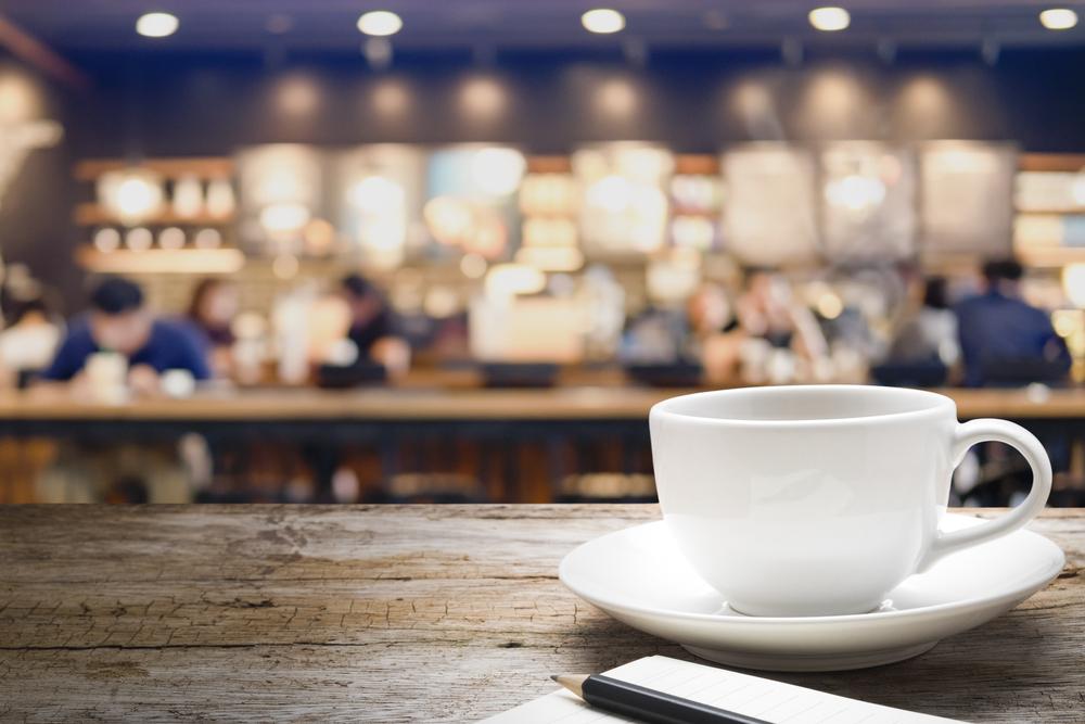 Kedai kopi dengan model gerobak unik merupakan inovasi yang perlu dilakukan untuk membuat bisnismu tampil beda