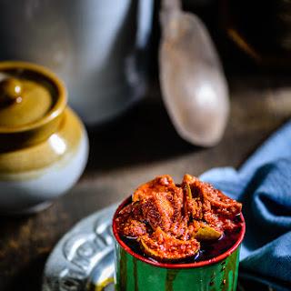 Andhra Style Mango Pickle / Avakaya