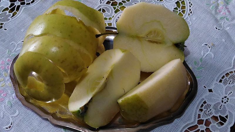 scomposto di mela di Puci