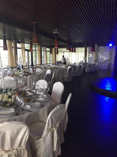 Площадка для свадьбы у воды «Ресторан»