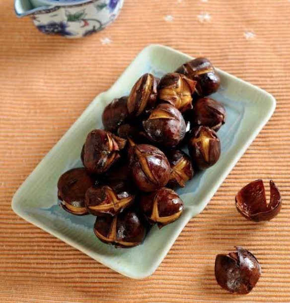 Chinese Fried Chestnuts With Honey