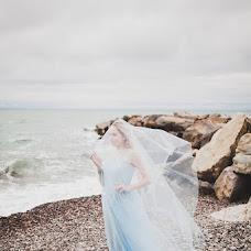 Wedding photographer Yuliya Petrova (JuliaPetrova). Photo of 18.04.2017