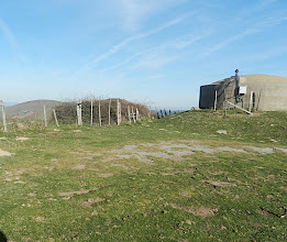 Photo: 14h35 Réservoir de Gamia. Belle vue sur Irissary et le Mondarrain. Bussunarits est bien en vue et encore loin