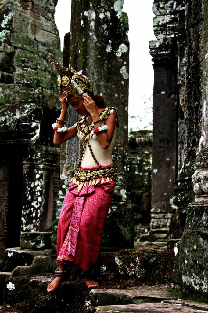 Spettacolo ad Angkor Wat di David Marrone