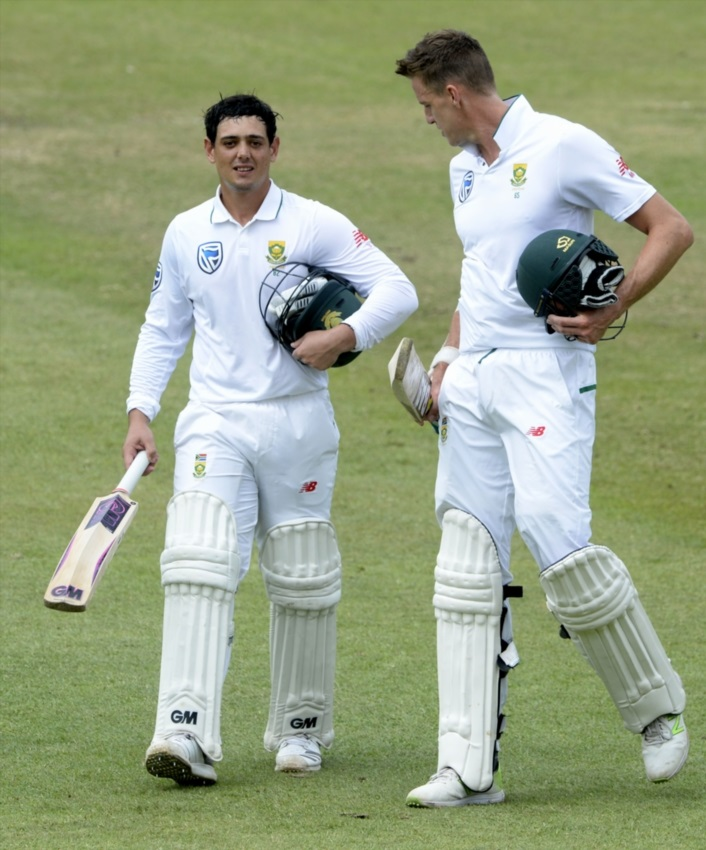 Quinton de Kock and Morne Morkel of the Proteas during day 5 of the 1st Sunfoil Test match between South Africa and Australia at Sahara Stadium Kingsmead on March 05, 2018 in Durban.
