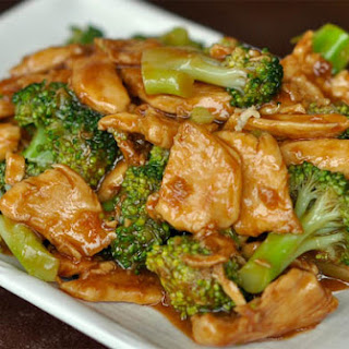 Easy Stir Fry Chicken and Broccoli.
