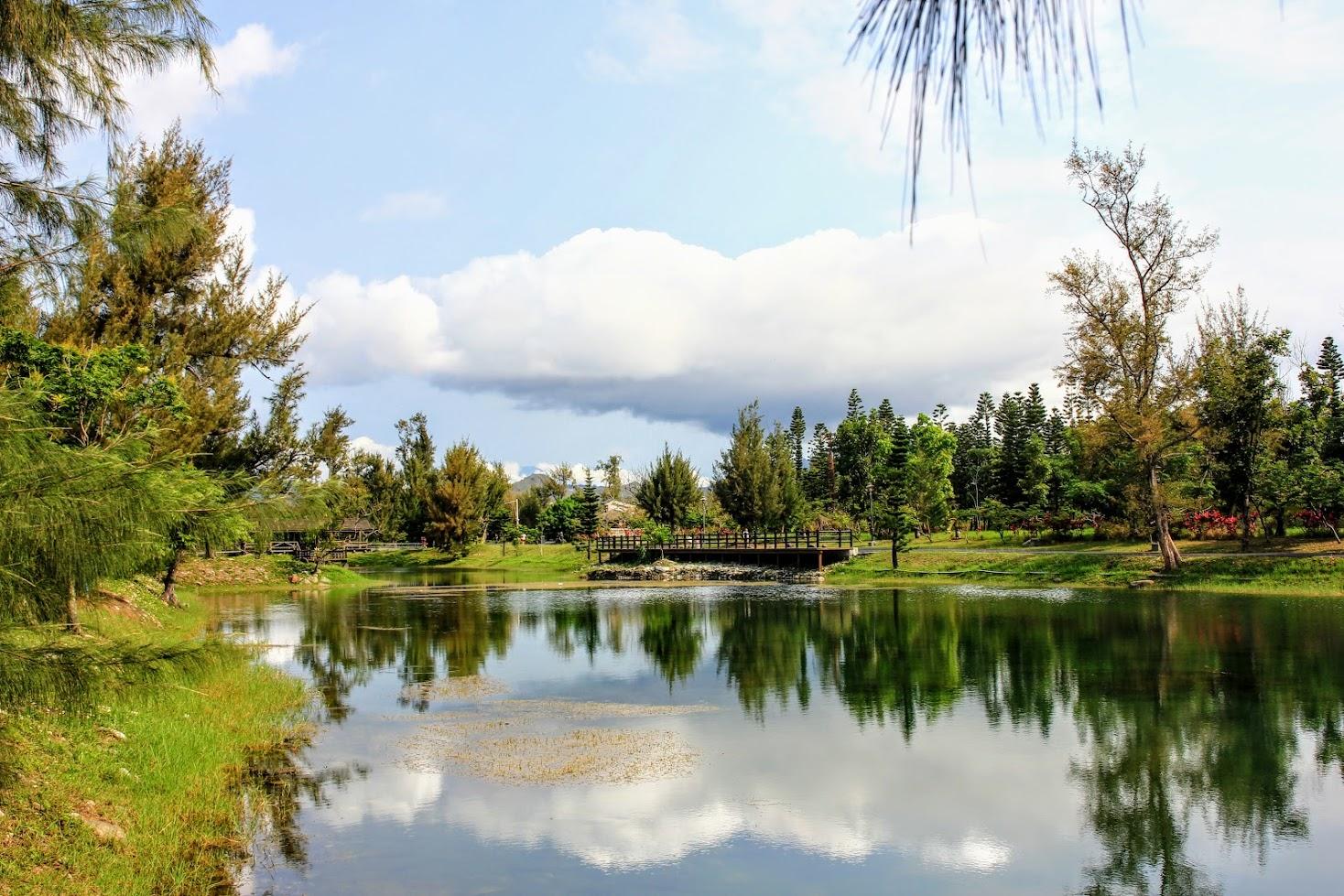 另外一側的琵琶湖