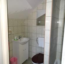 Photo: Łazienka i prysznic w budynku B