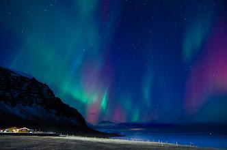 Photo: Foto scattata da Simone Renoldi durante il viaggio in Islanda di 90° EST a caccia di Aurore Boreali. www.90est.it