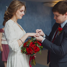 Wedding photographer Milena Dukhnenko (milenawed31kmv). Photo of 02.06.2017